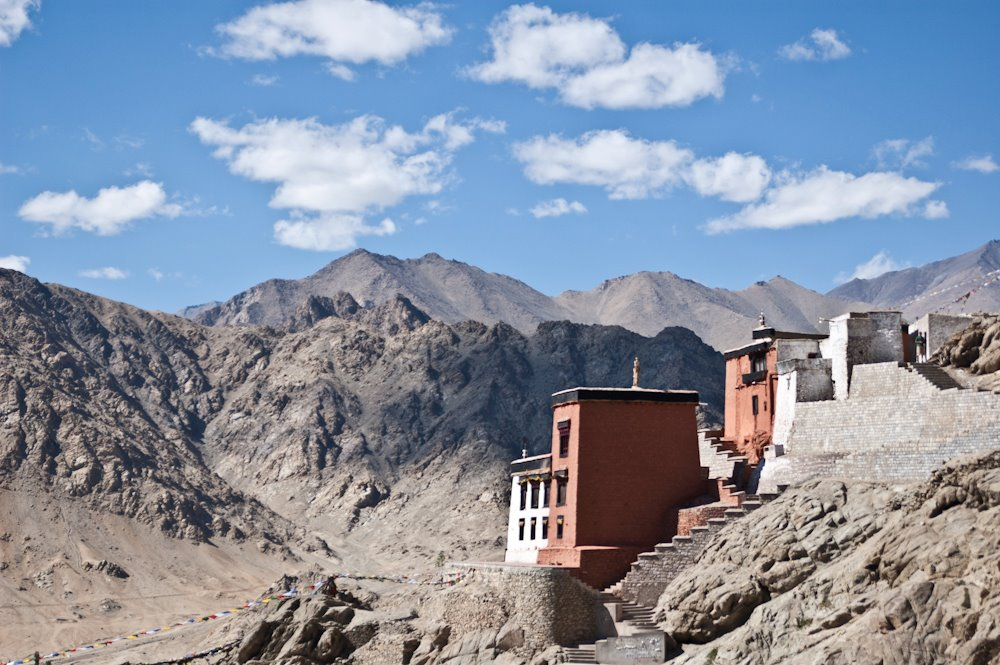 Leh is a village in the indian mountains.