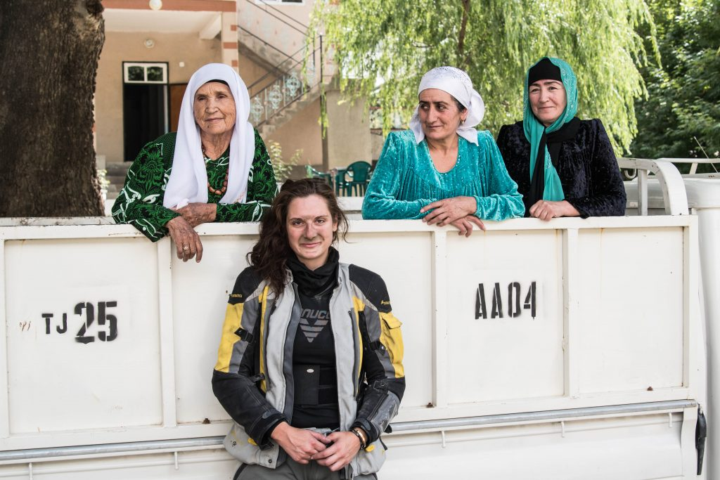 A dirty face and three lovely ladies: the locals of Pamir are very welcoming and most of them will offer you a place to sleep and a warm dinner if you are in need.